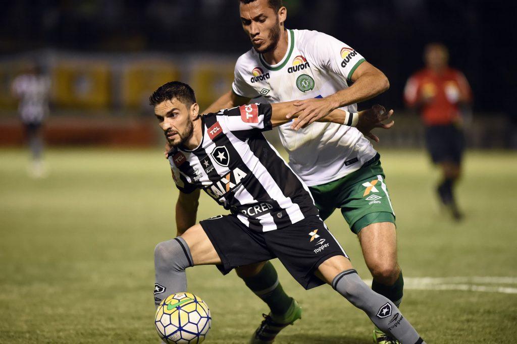 Prediksi Pertandingan Bola Botafogo vs Chapecoense 27 Juli 2018
