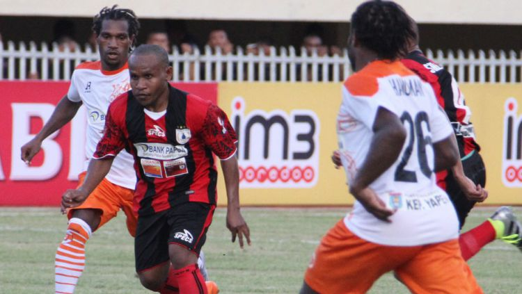 Prediksi Pertandingan Bola Perseru Serui vs Persipura Jayapura 22 Juli 2018