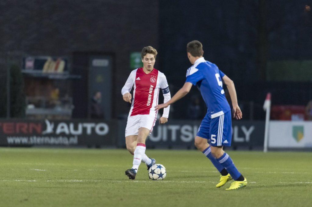 Prediksi Pertandingan Bola Ajax Amsterdam vs Dynamo Kyiv 23 Agustus 2018