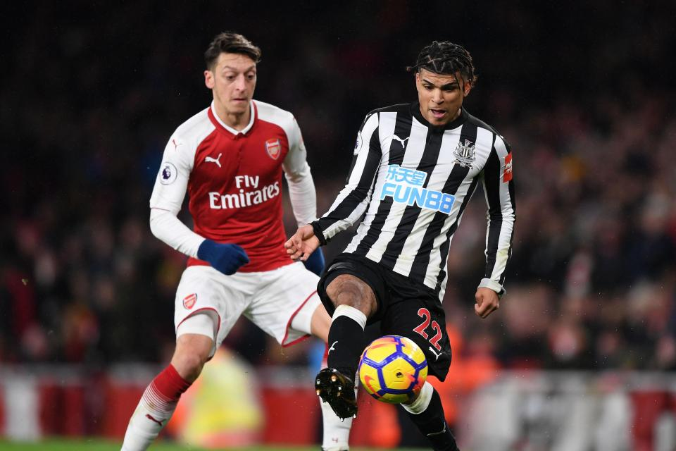 Prediksi Pertandingan Bola Newcastle United vs Arsenal 15 September 2018